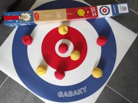 Jouer entre amis ou en famille avec Gabaky.
